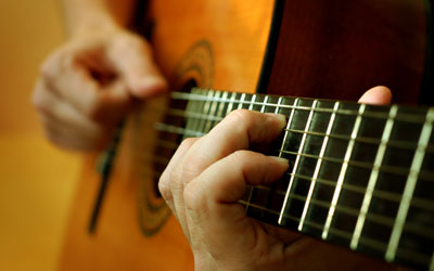 Music Lessons - Classical Guitar Lessons at Music Makers Calgary